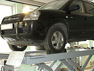 Ремонт задней подвески на автомобиле Hyundai Tucson 2009 года