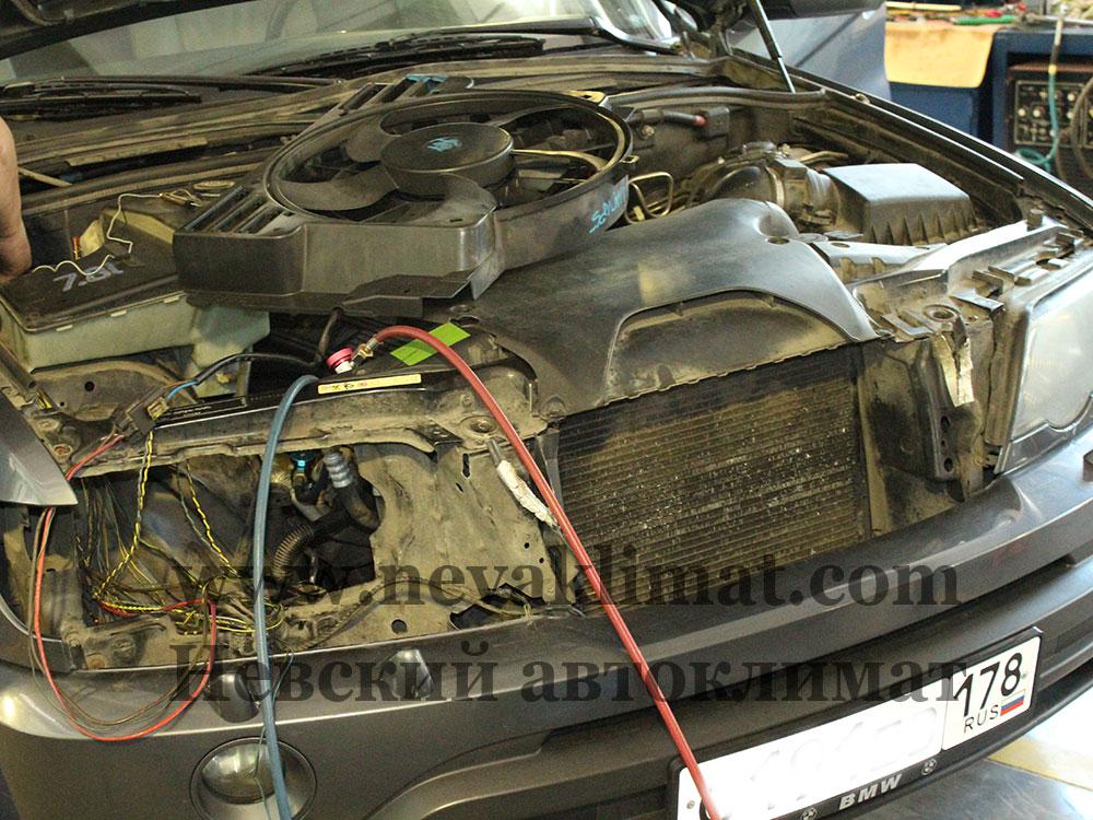 Ремонт электропроводки на автомобиле BMW X5 2003 года