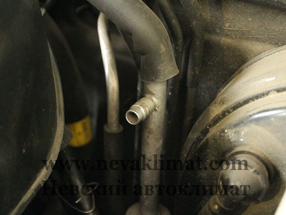 Ремонт системы кондиционера на автомобиле Ssang Yong Rexton 2010 года